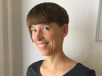 Claracarina-Stilleskov Qigong underviser