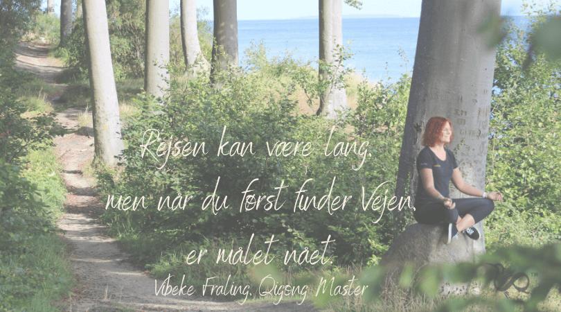 Vibeke Fraling mediterer i skov i Nyborg
